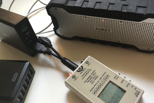 USB-Ladegerät Mehrfach Test Messung